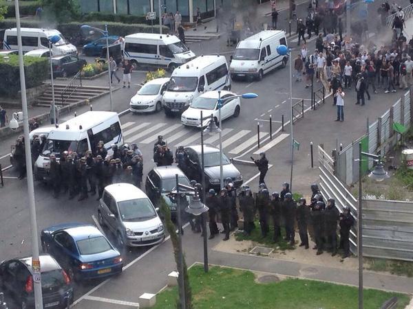 Bashar al assad demande hollande de cesser les violences for Piscine sarcelles
