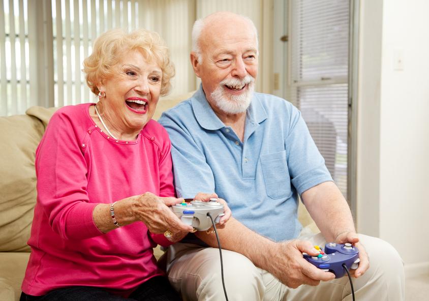 """Résultat de recherche d'images pour """"vieilles personnes en home"""""""