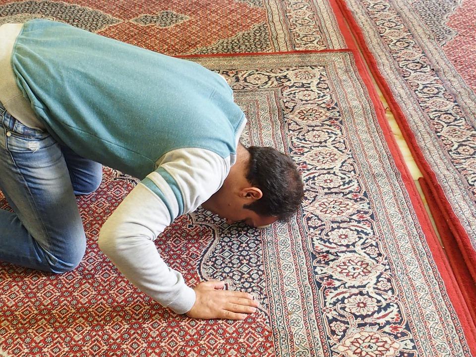 prayer-1008385_960_720