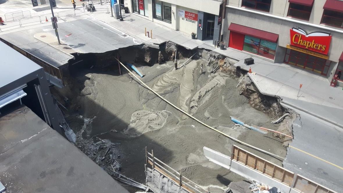 concrete-in-rideau-sinkhole