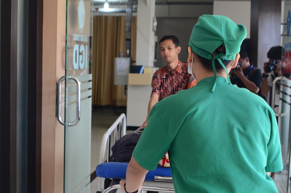 Hospital Health Emergency Room Nurse People