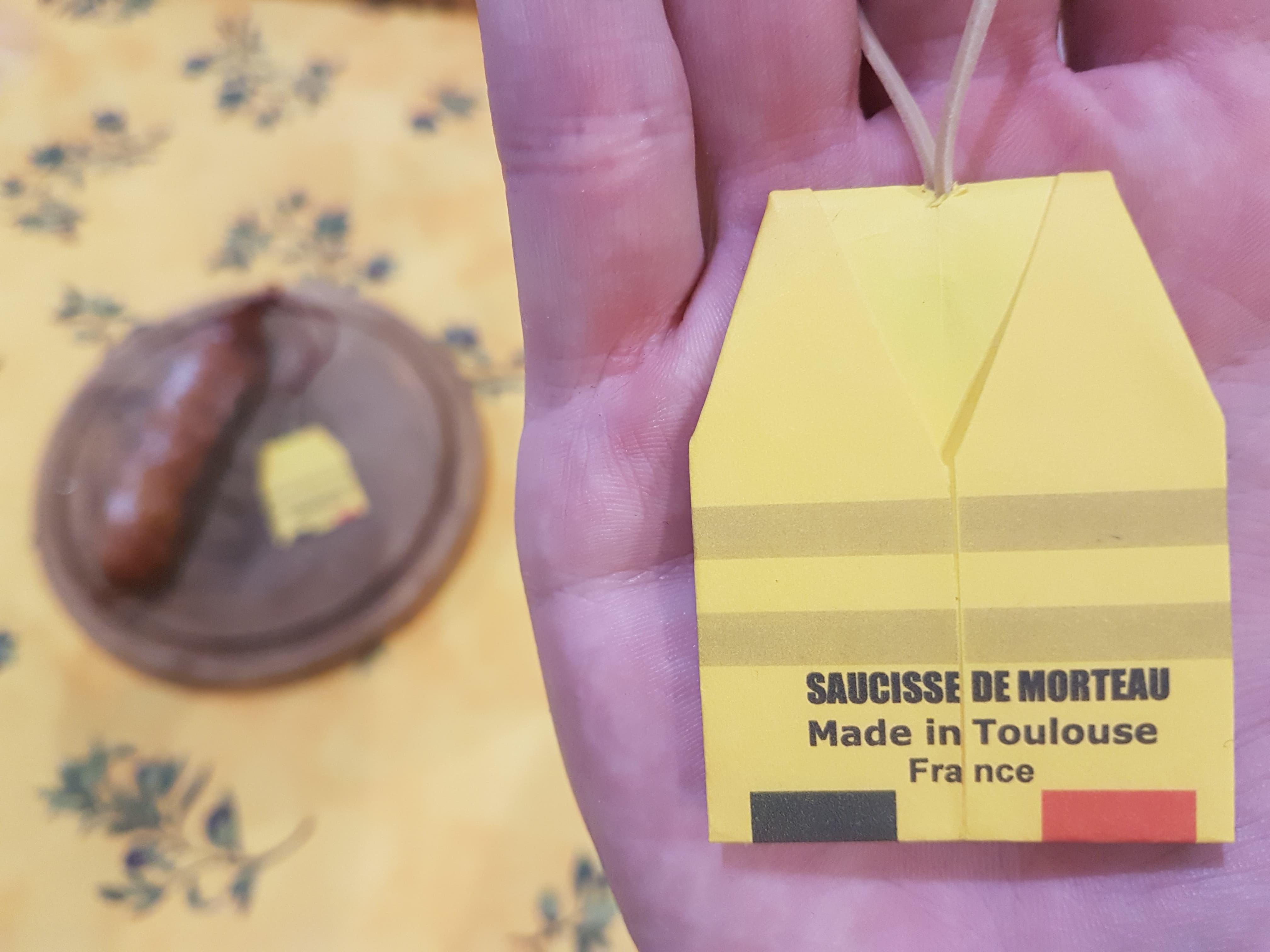 Le gilet jaune en origami